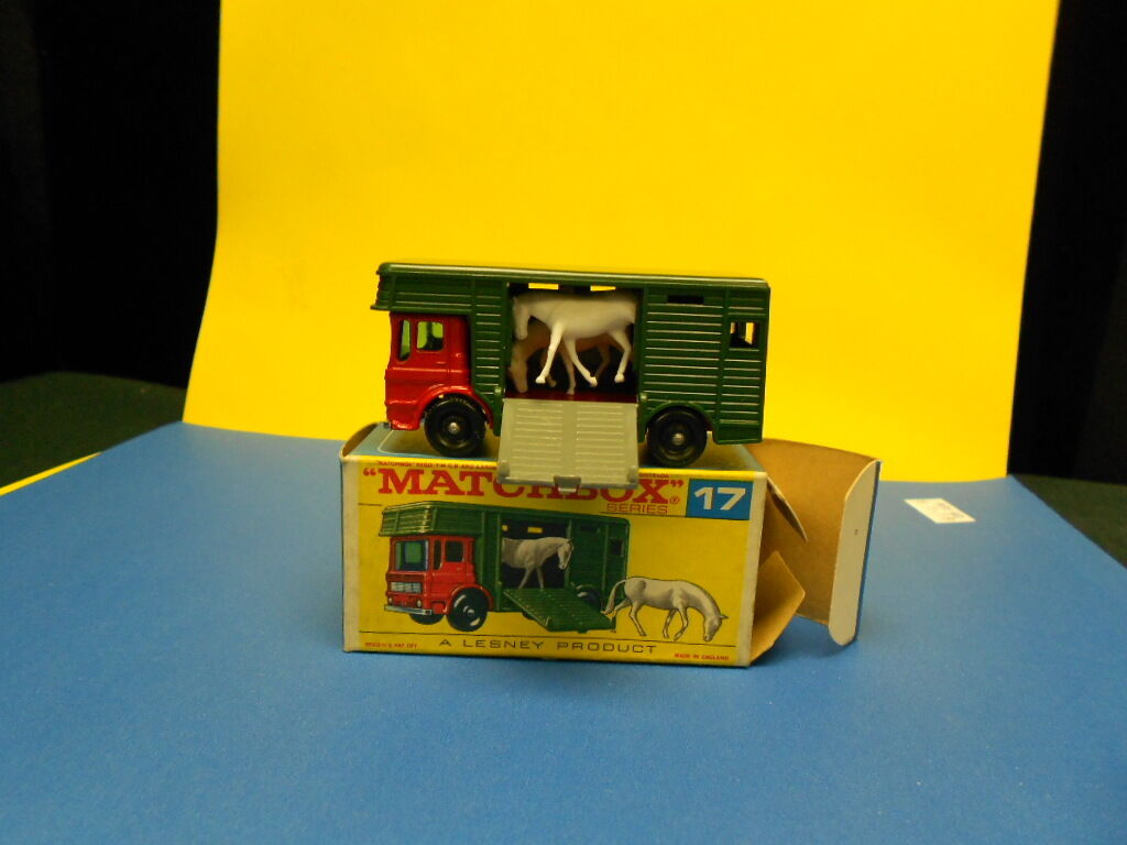 Matchbox Lesney Horse Box niob