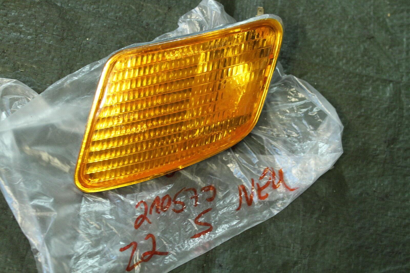 L74 Piaggio ZIP Fastrider 25 50 Blinker vorne links 291789 NEU Turn Indicator