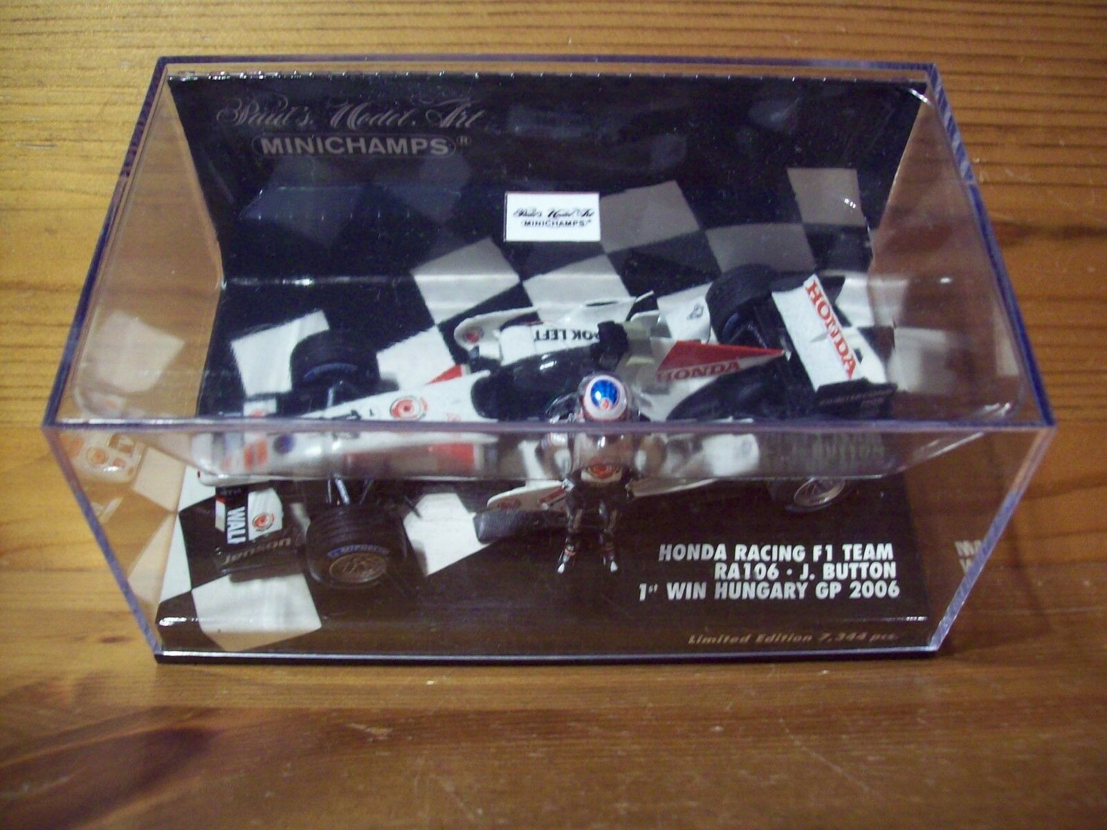 1 43 HONDA RACING F1 TEAM RA106 HUNGARY GP 2006 1st WIN JENSON BUTTON