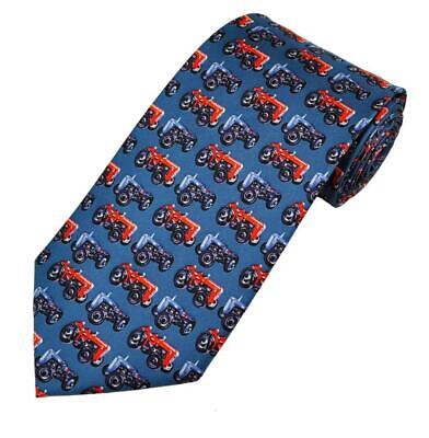 Silk tie with bull Cattle farming animal theme NEW Moodys classic mens GREEN