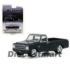 1:64 GreenLight *HOBBY EXCLUSIVE* 100 YEARS CENTENNIAL ED 1967 Chevrolet C-10