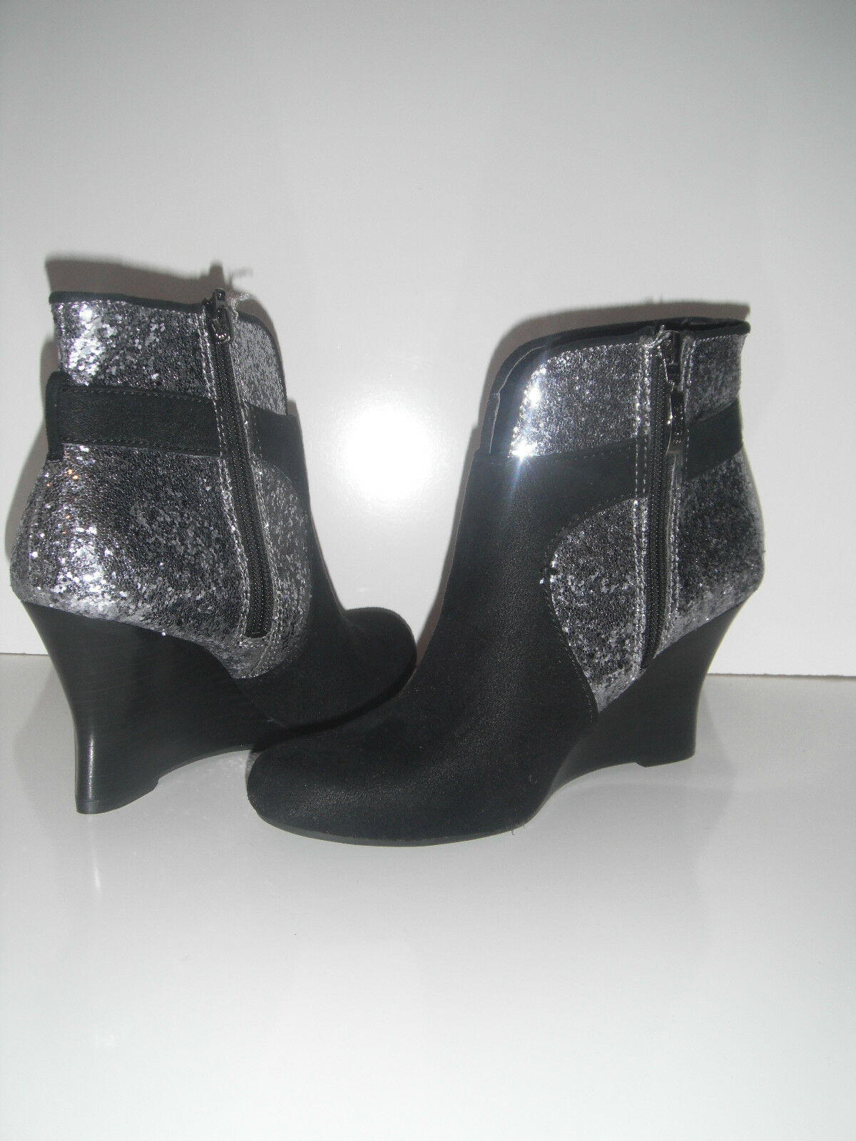 New Guess Guess New Damens's Glandan Wedge Ankle bootie sz 6 16272f
