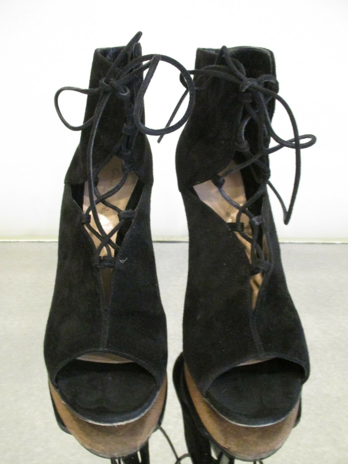 GIANVITO ROSSI ROSSI ROSSI Julia Black Suede Cutout Lace-Up 105mm Bootie - Size 39 f74aec