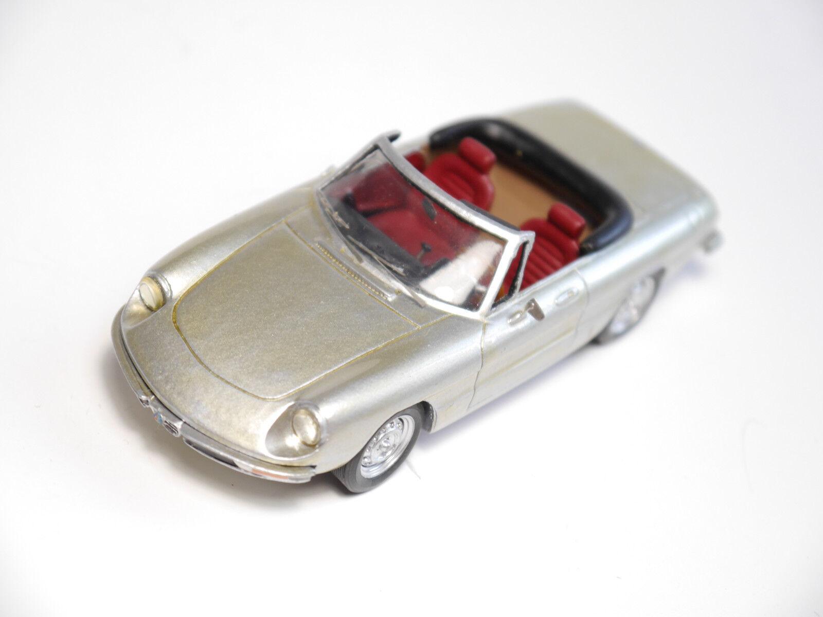Alfa Romeo Spider Mk II 1969-83, a mano Handmade-Provence Moulage en 1 43