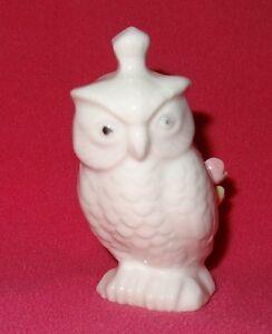 Vintage-Owl-White-Ceramic-Pin-Cushion-Applied-Flowers-Taiwan