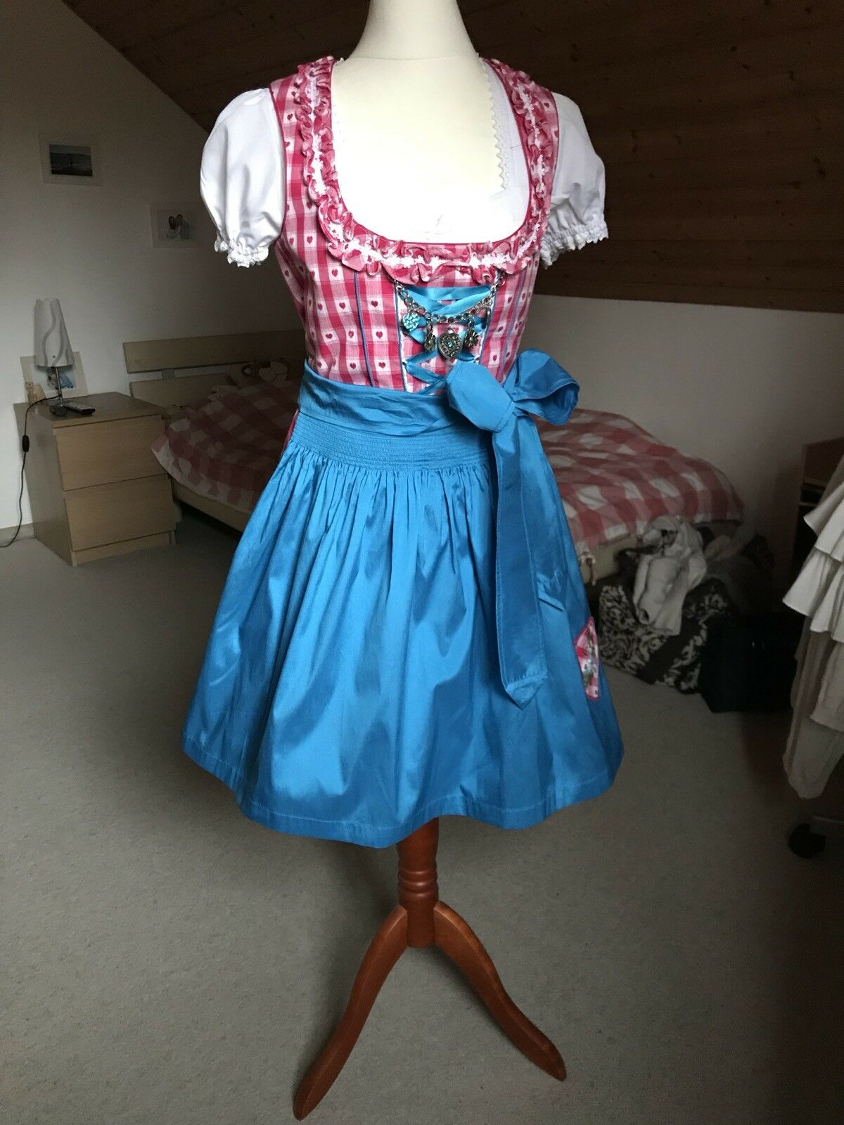 Dirndl Gr. 36 Country Line Inkl. Blause