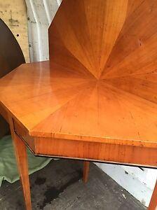 Antiker konsolen tisch kirschbaum ausklappbar konsole for Tisch kirschbaum