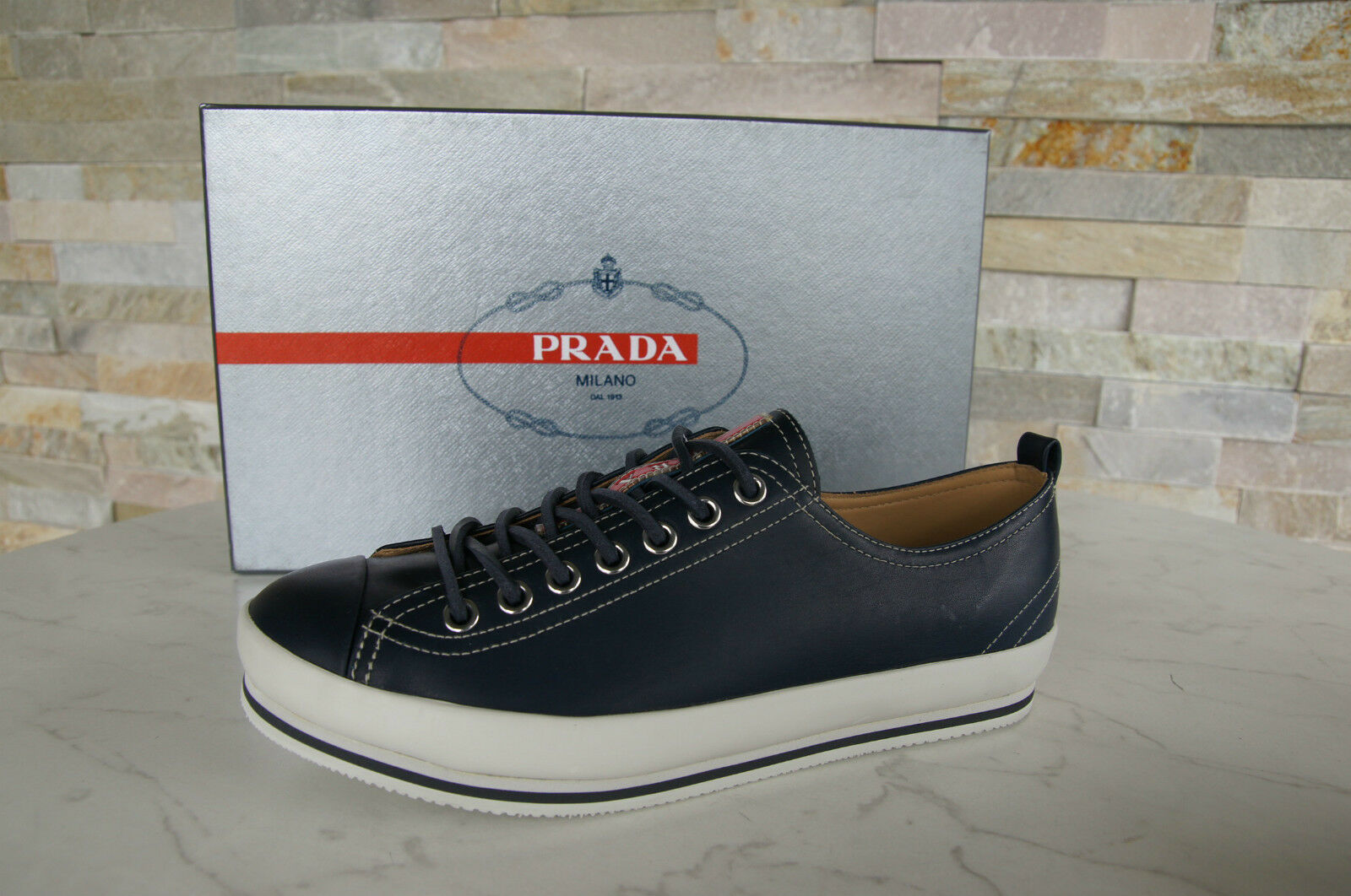 Prada Gr 39,5  5,5 Sneakers Schnürschuhe Schuhe Shoes blue + white NEU UVP 295