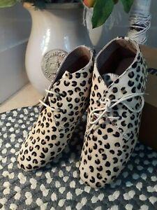 MARUTI Pony Skin Leopard Pattern shoes