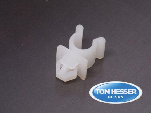 JDM Nissan Altima 1997-2001 Hood Prop Support Rod Clip Retainer 65722-01E00