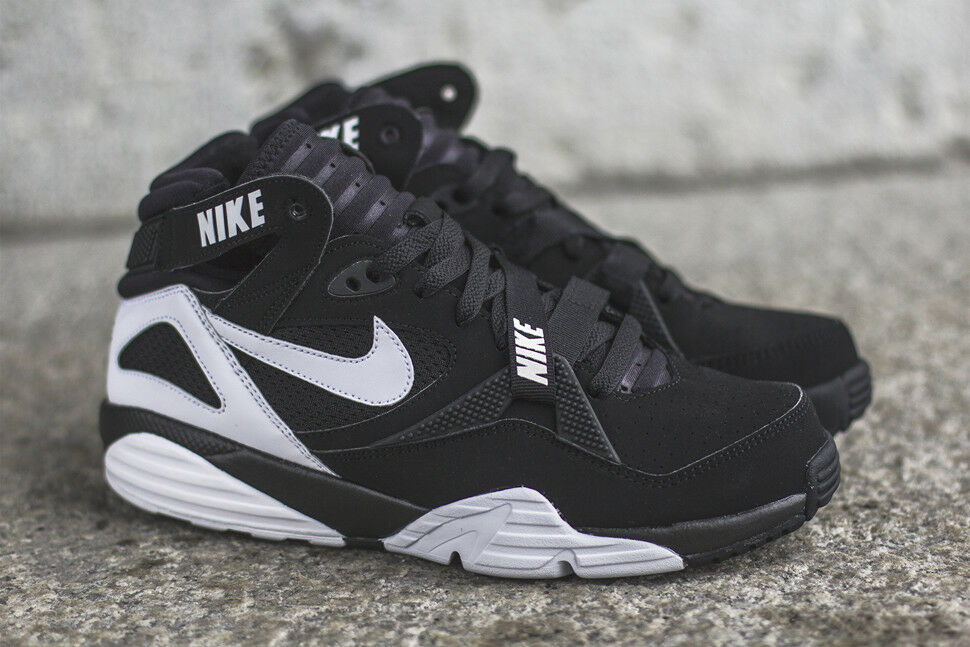 Nike Air Max Trainer 91 Black White Bo Jackson Raiders Size 9.5. 309748-004