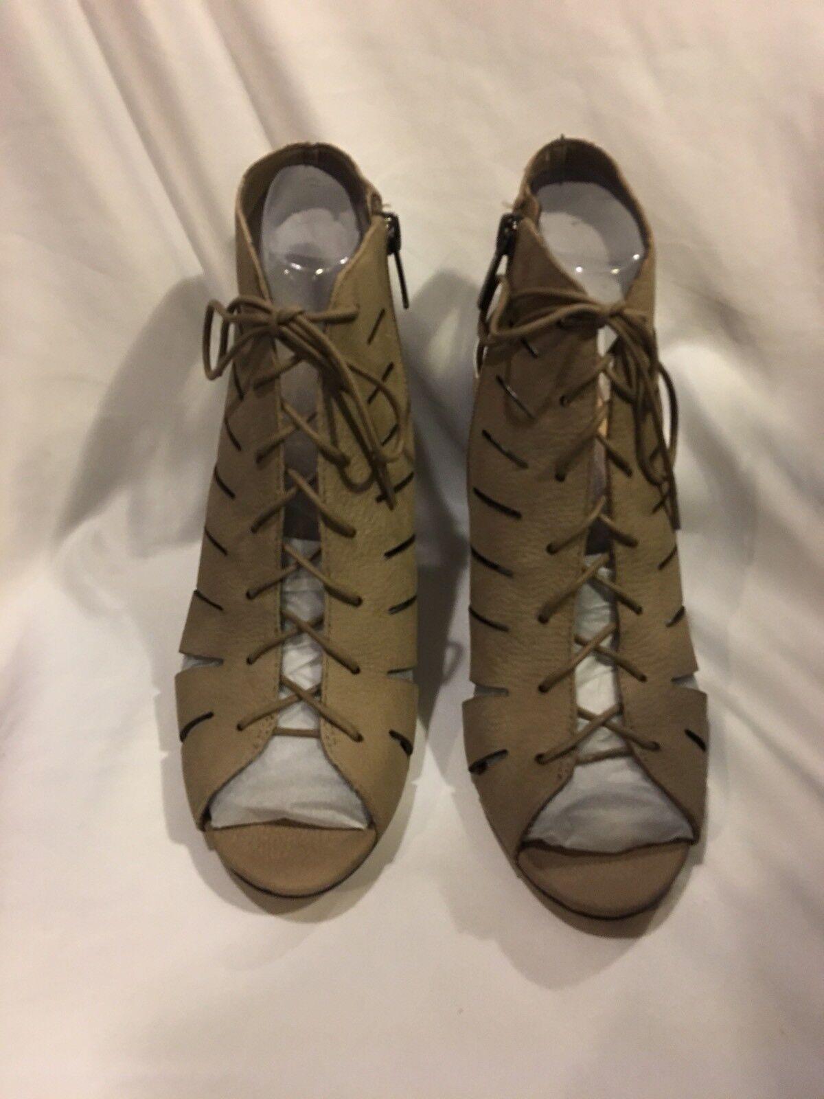 Vince Camuto Camuto Camuto Persa Mujer EE. UU. 8.5 gris Topo Sandalias Zapatos De Corte Para Mujer Tacones Altos Con Encaje  últimos estilos