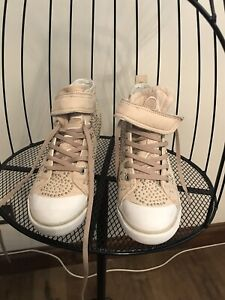 GUESS-Heeled-Wedge-Beige-Trainer-with-Silver-Studs-Size-6