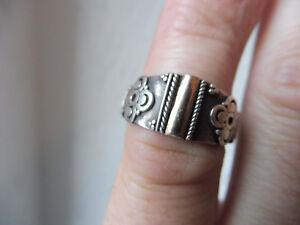 schoner-alter-Ring-925-Silber-mit-Gold