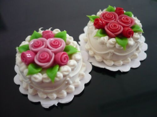 2 White Round Cake Top Red Pink Rose Dollhouse Miniatures