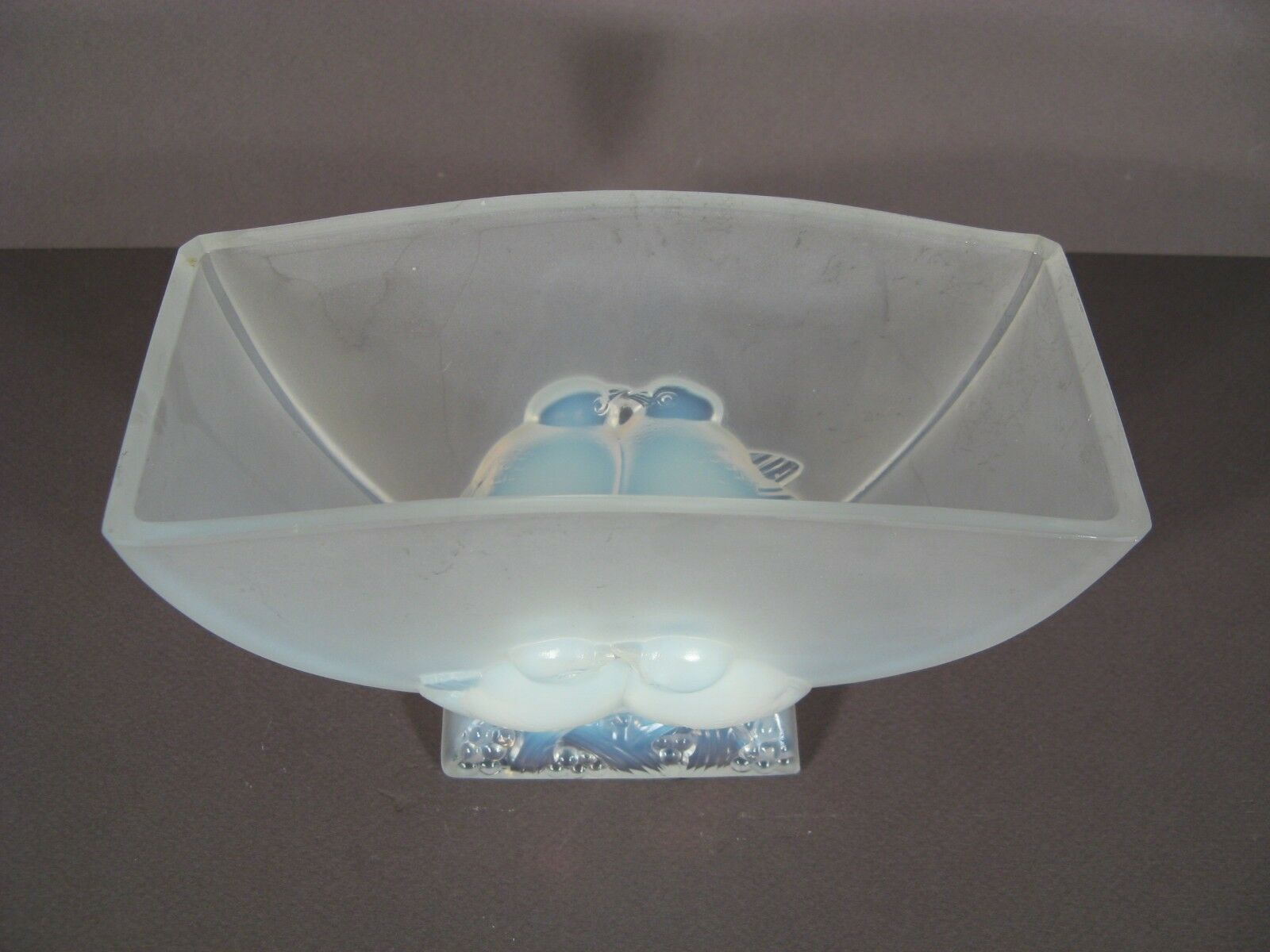 VERLYS FRANCE PLANTER VASE GLASS MOLDED AND OPALESCENT A A A SET D'BIRDS 145caa