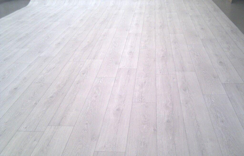 PVC Bodenbelag Holz-Optik Planken rustikal hell 400 cm Breite  pro qm =