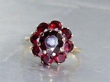 B27 Böhmischer Granat Ring Blütenform 9 Granat Steine ca 5 ct 333 Gold  Gr.56