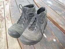 KEEN LEATHER MOUNTAINEERING HIKING OUTDOORS TRAIL LACED ANKLE BOOTS WOMENS 7