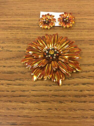 Vintage Joan Rivers Sunflower Shaped Brooch And Ea