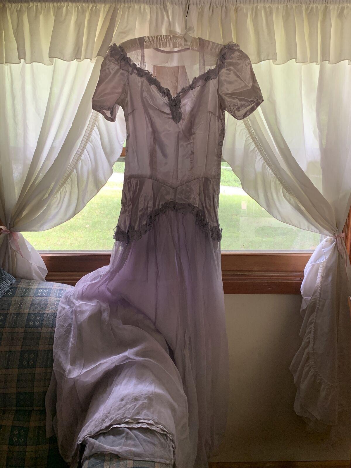 Vintage Lilac Grey 1930s Puff Sleeve Ruffle Eveni… - image 1