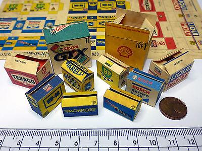 10 Vari Color Cartoni In 1:18-1:20 Per Diorama, Modello Garage Officina-mostra Il Titolo Originale Disponibile In Vari Disegni E Specifiche Per La Vostra Selezione