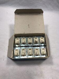 Details about Leviton 1790-I Flush Tumbler Switch Ivory Single Pole Lot of  10