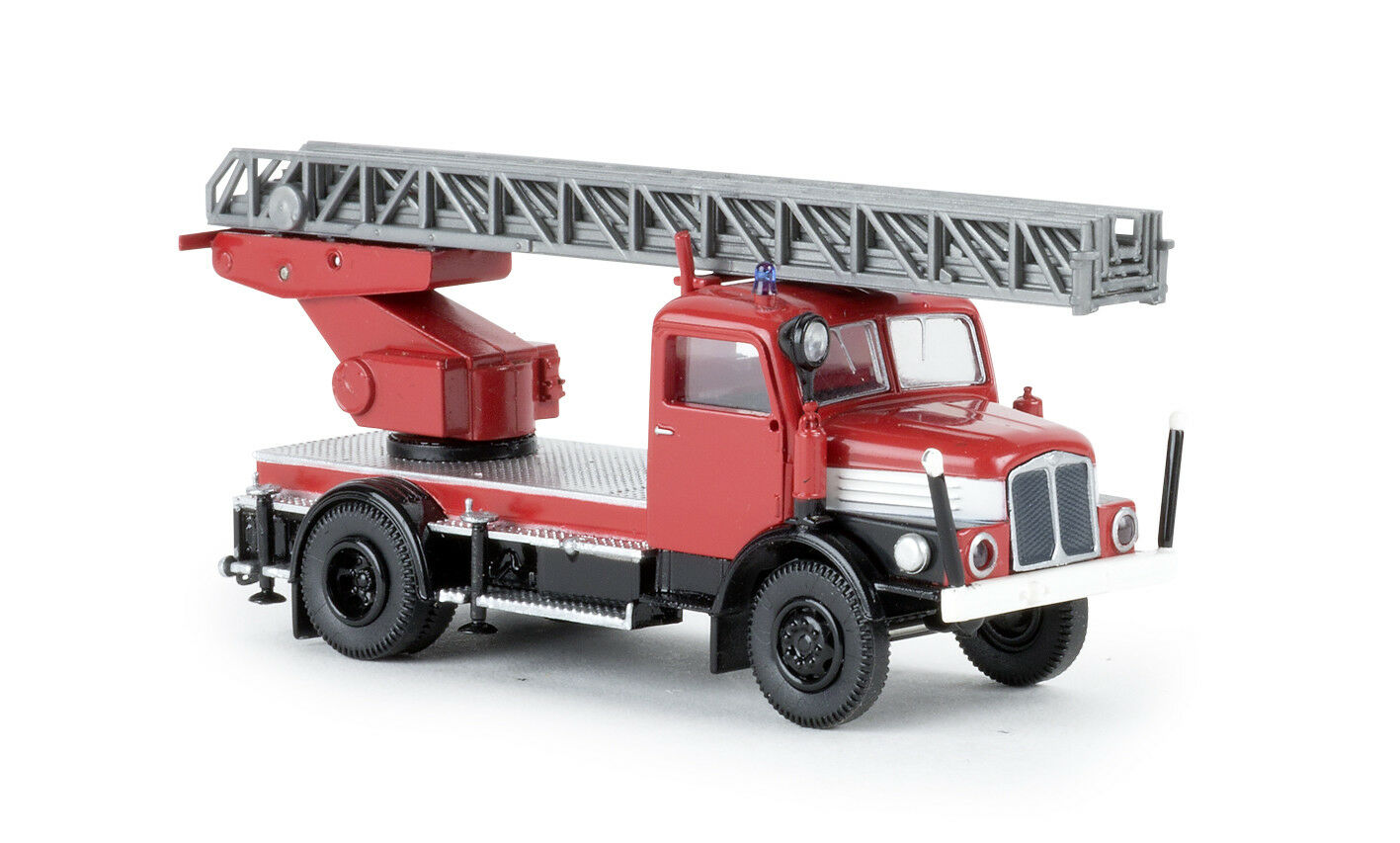 IFA s4000-1 DL 25 Rouge Noir Blanc, h0 Voiture Modèle 1 87, Brekina 71727, TD