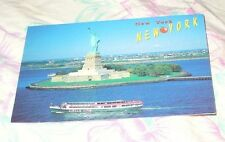 CIRCLE LINE SHIP NEAR TO STATUE OF LIBERTY IN NEW YORK UNITED STATES POSTCARD