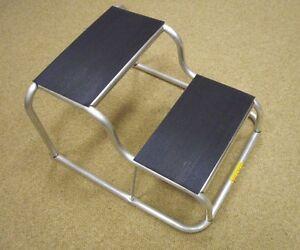 Milenco-Lightweight-Double-Aluminium-Step-amp-Rubber-Tread