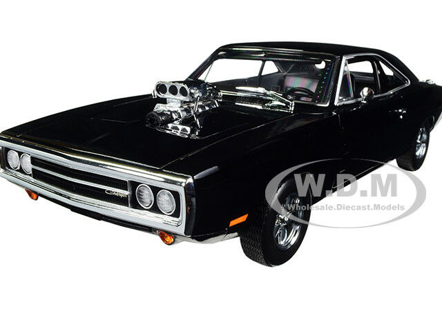 DOM'S 1970 DODGE CHARGER  FAST & FURIOUS  1 18 DIECAST MODEL BY GREENLIGHT 19027