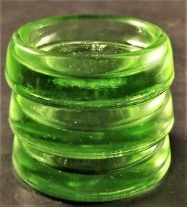 3-Vintage-Hazel-Atlas-Uranium-Vaseline-Glass-Furniture-Coasters