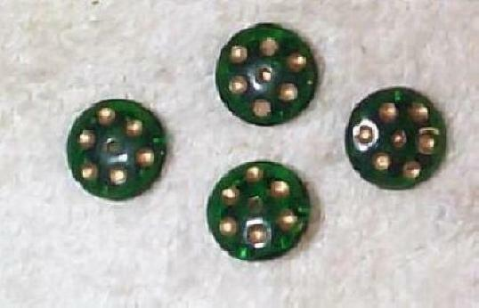 VINTAGE EMERALD DIMPLED LARGE RONDELL GLASS BEADS -16 DICE LOOKING BEADS 1/2off