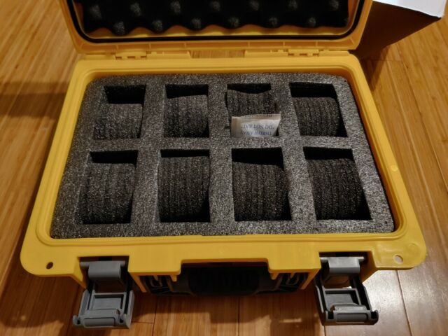 Invicta Eight 8 Slot Plastic Collector Box Yellow//Black//Grey