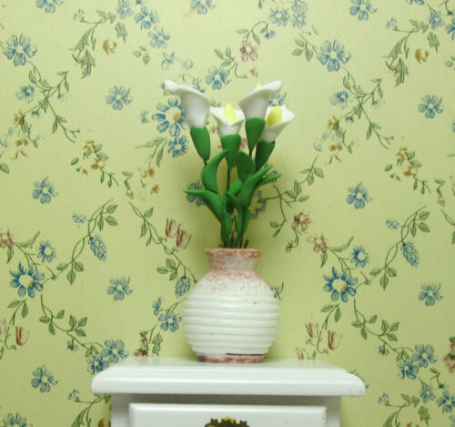 Miniature Vase /& 5 Calla Lily Flower Bunch 1:12 Dolls House Garden Bedroom Decor