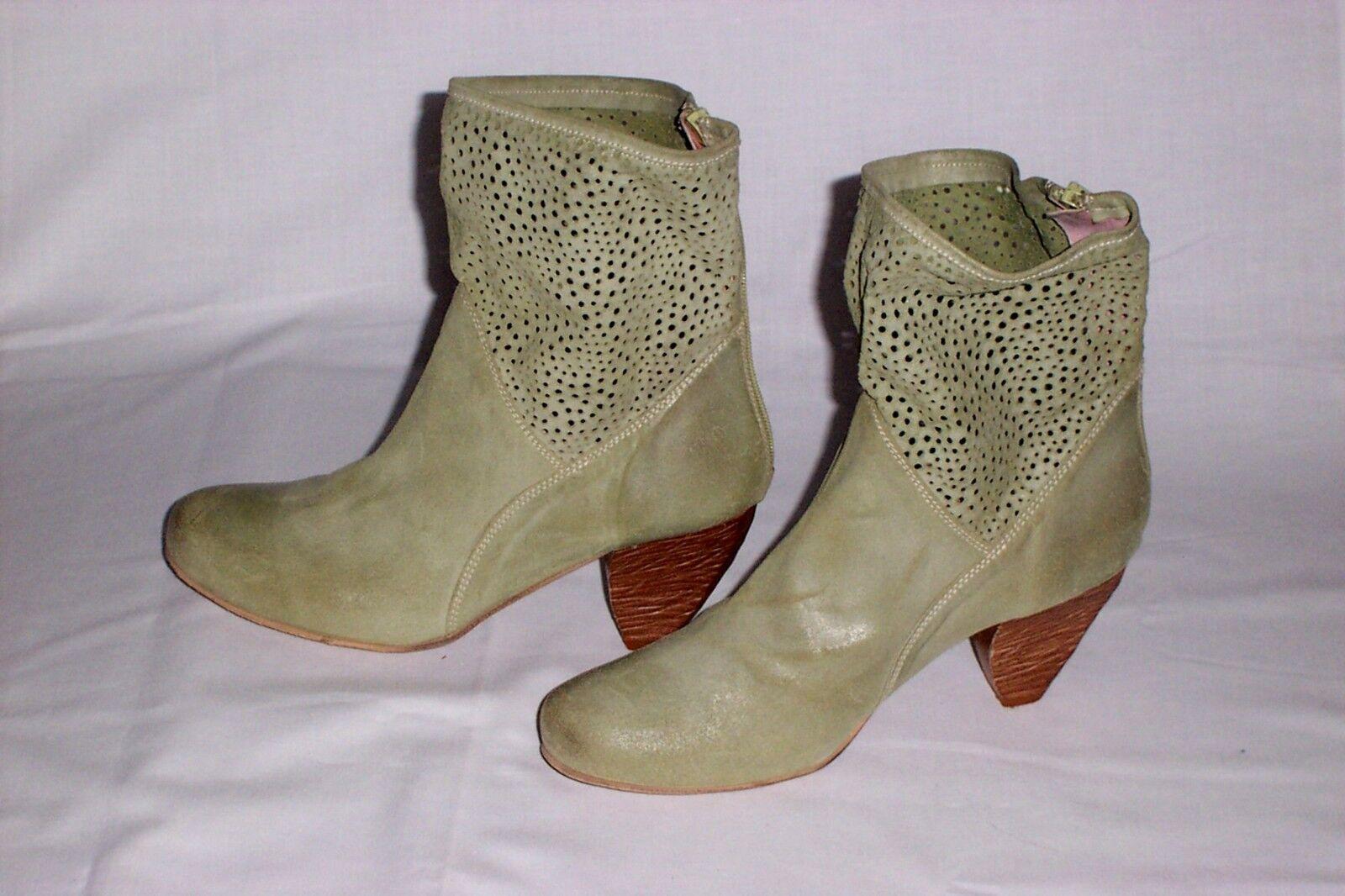 Vntg Lavorazione Artigiana Boots Size 39 Green Leather Pierced Suede Ankle RARE