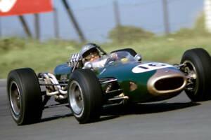 OLD-LARGE-MOTOR-RACING-PHOTO-Australian-Formula-1-World-Champion-Jack-Brabham-41