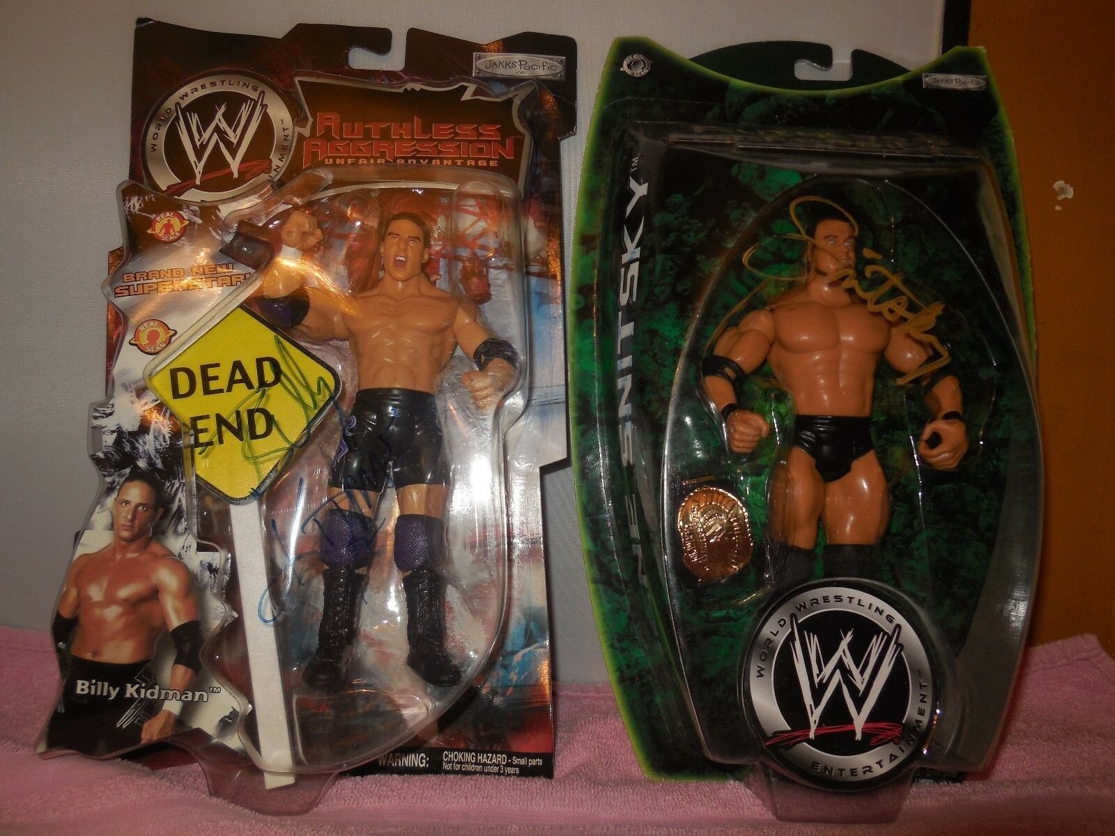 2 wwe signed action figures gene snitsky and billy kidman
