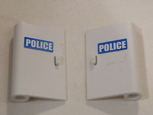 Lego-2-portes-blanches-set-7286-2-white-doors-w-police-stickers
