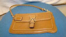 Coach Vintage Wristlet in British Tan