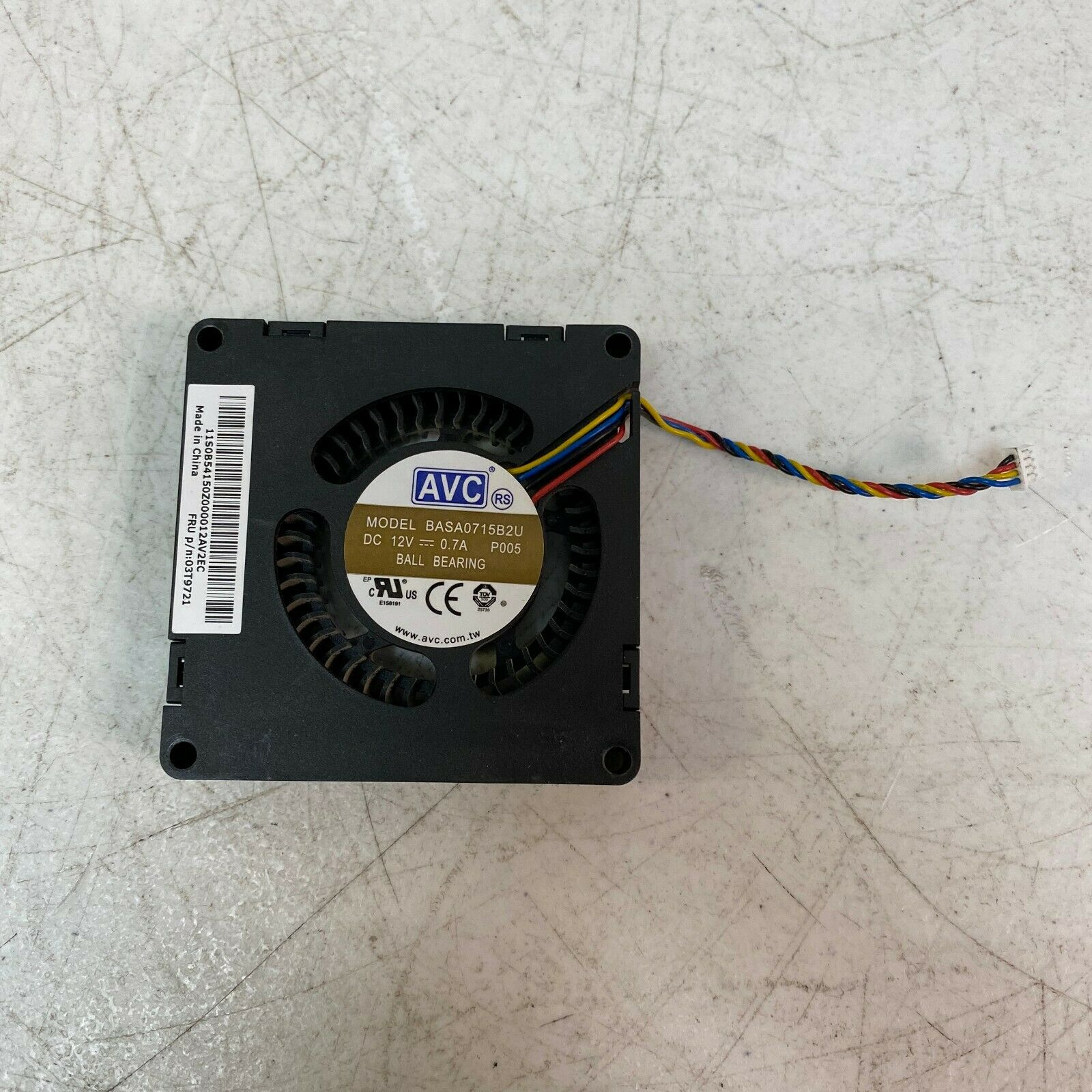 New Genuine Lenovo ThinkCentre M53 E63z M92 M92P Cooling Fan 03T9721