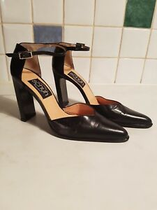 abd94865fb5 Details about SCHUH ladies Black Leather High heel shoes size 7 New
