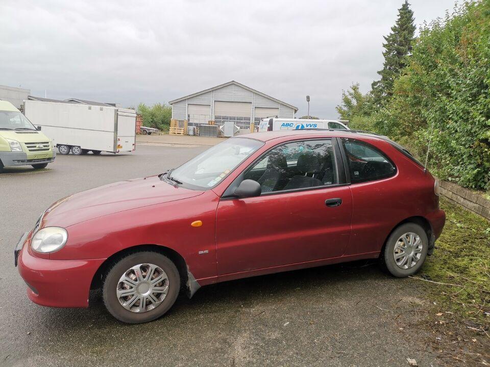 Daewoo Lanos 1,5 SE Benzin modelår 2002 km 248000 Bordeaux