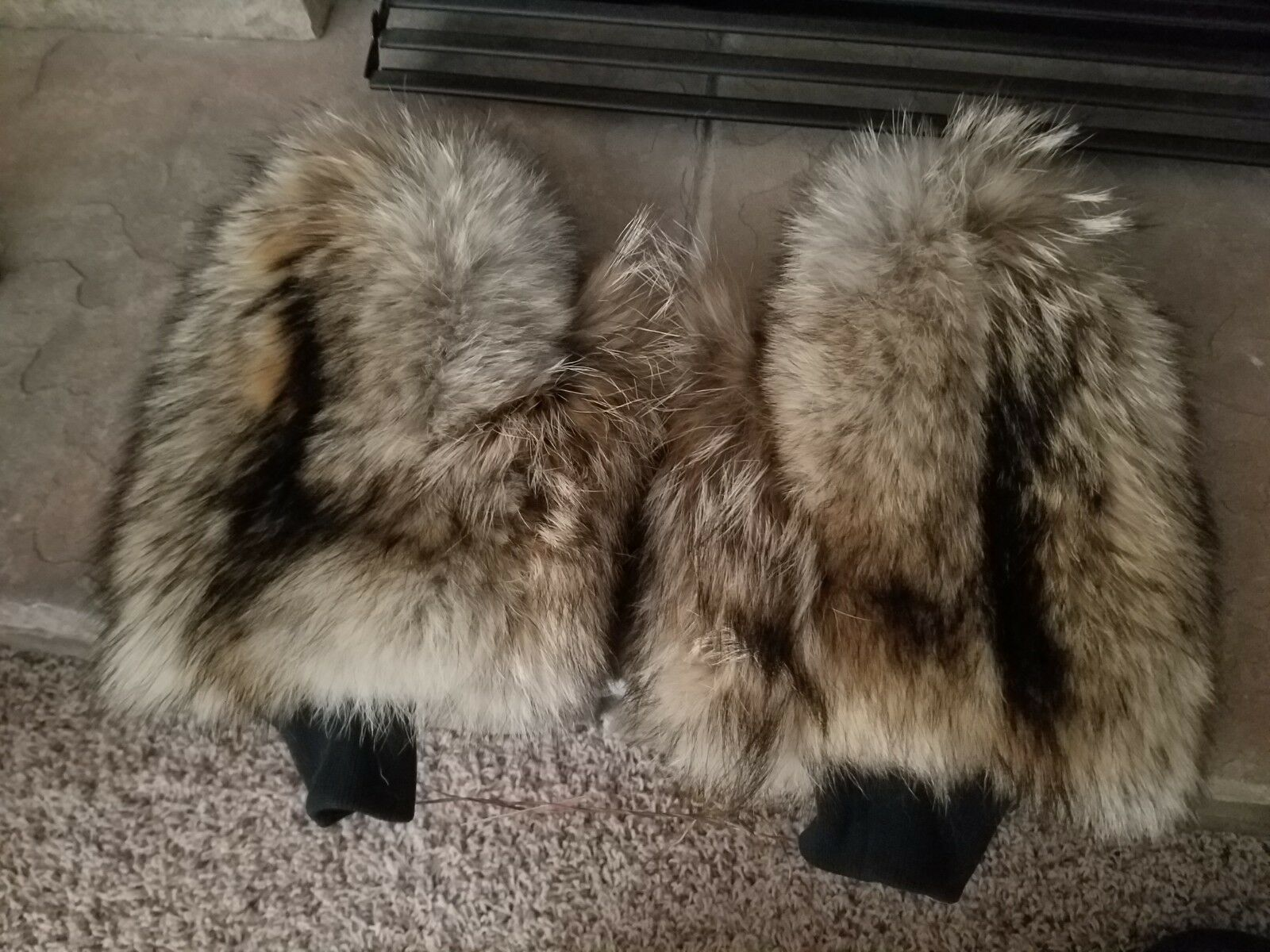 USA handmade coyote fur g s very high quality,  very comfortable and warm  not to be missed!