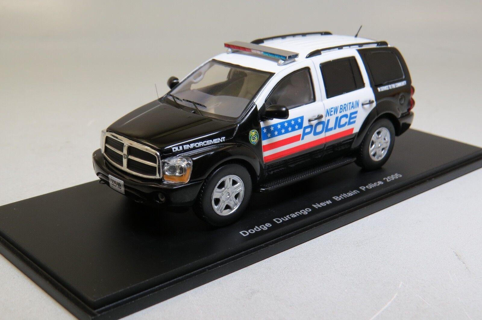 Dodge Durango New Britain Police 2005 Spark S0864 1:43