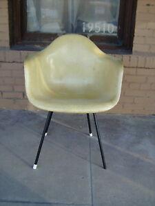 Image Is Loading Herman Miller Eames 1950 039 S Fibergl Chair