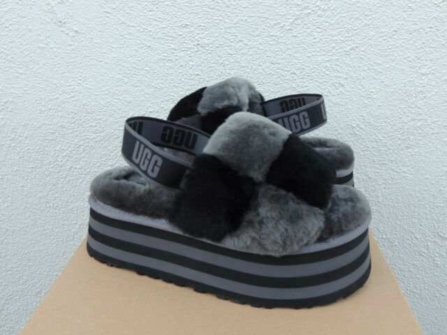 UGG BLACK GREY DISCO CHECKER FLUFF SLIDE SLIPPER SANDALS, WOMEN US 8/ EUR 39 NIB