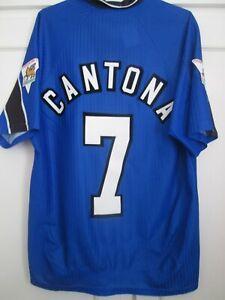 Manchester-United-1996-1997-CANTONA-Terzo-Calcio-Camicia-Taglia-Media-44509