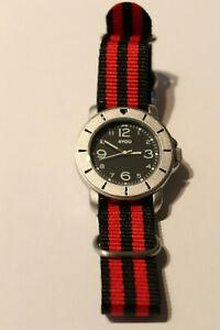 4You Armbanduhr Stahl Nylonband Quartzwerk 250002003