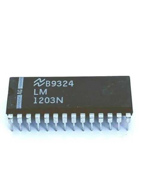 IC LM1203N RGB Video Amplifier System DIP-28